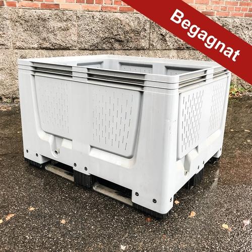 Begagnade MoveBox:ar med ventilationsskåror