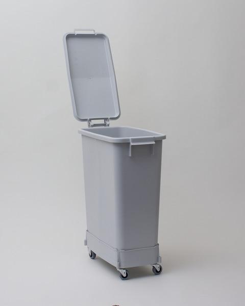 Plastkärl med lock på hjul | 60L