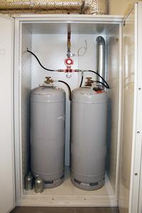 Gas- och gasolskåp, 1900x1050x710 mm