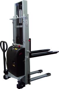Elektrisk staplare, LH 2400 mm, Kap 1000kg