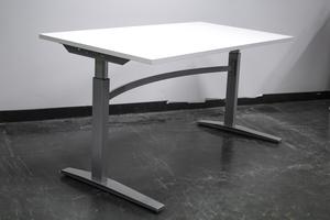 Höj och sänkbart skrivbord 140