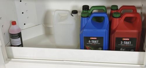 Bottentråg till kemikalieskåp