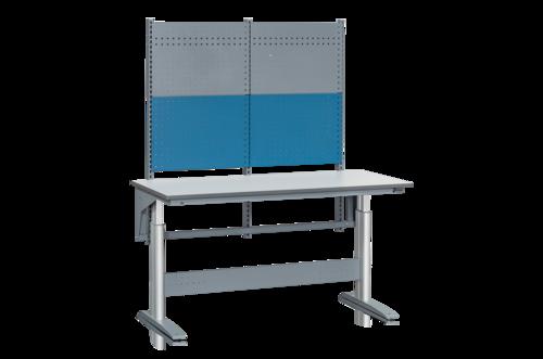 Höj- och sänkbart arbetsbord med verktygspanel   250kg